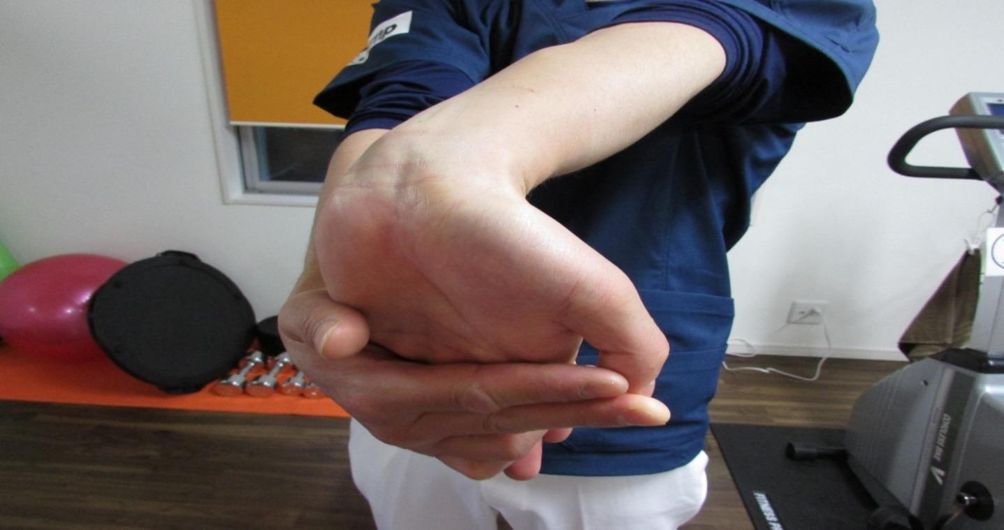 整体ストレッチ 手の指7